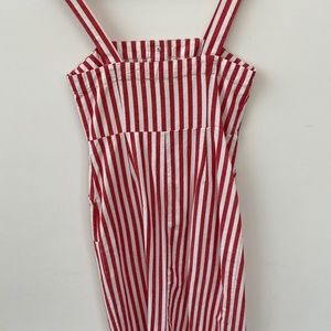 Stripped midi dress with pockets. Red and white.
